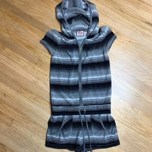 Juicy Couture hooded Terri short romper size p